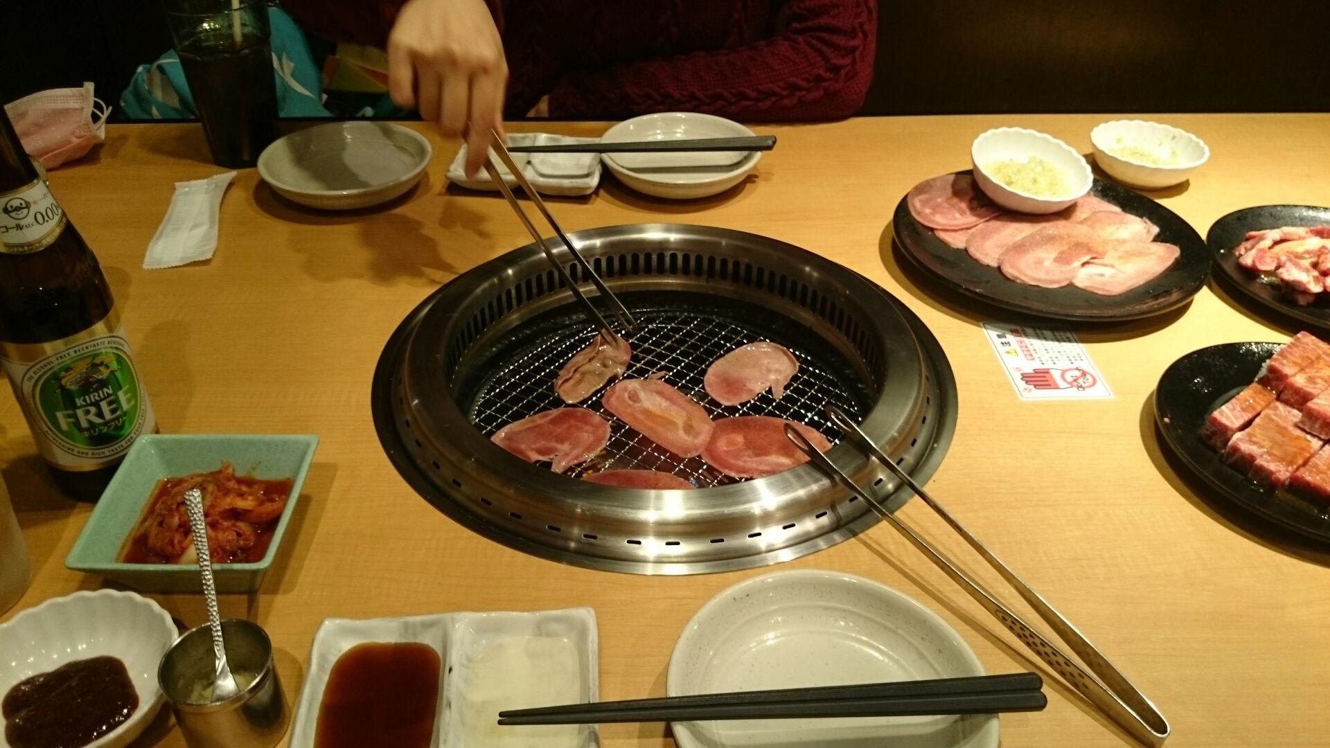 イブは焼き肉