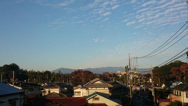 富士山も冠雪